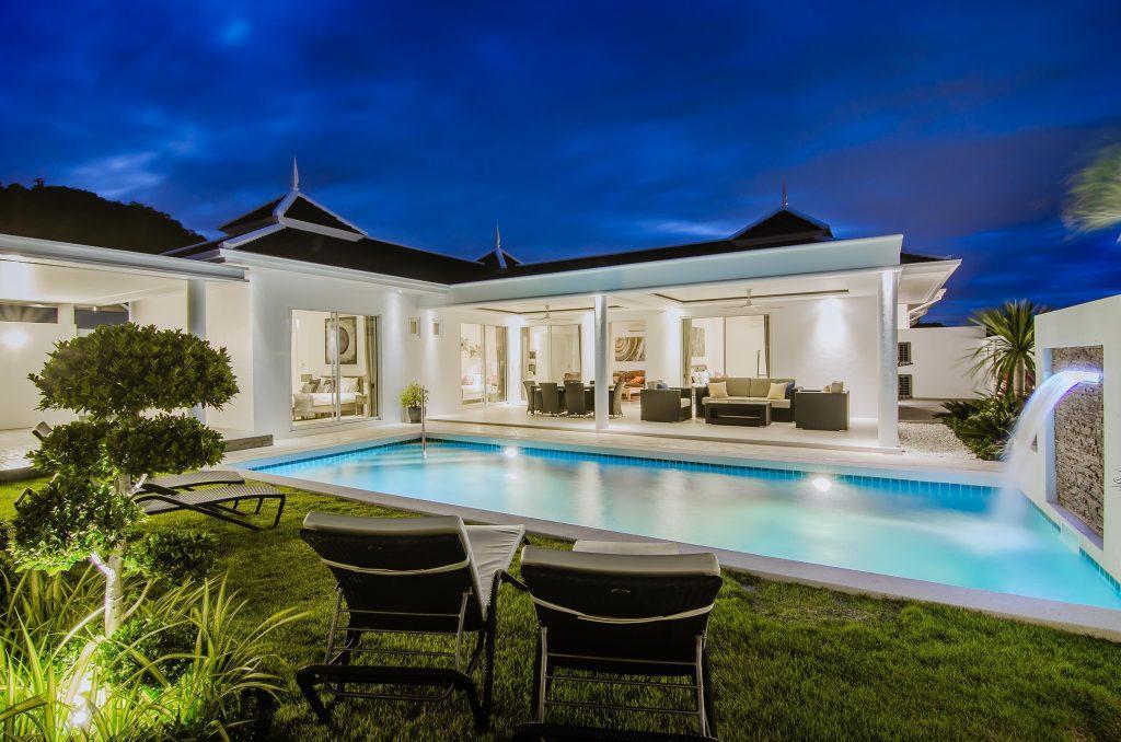 02 Villa LD Swimming pool