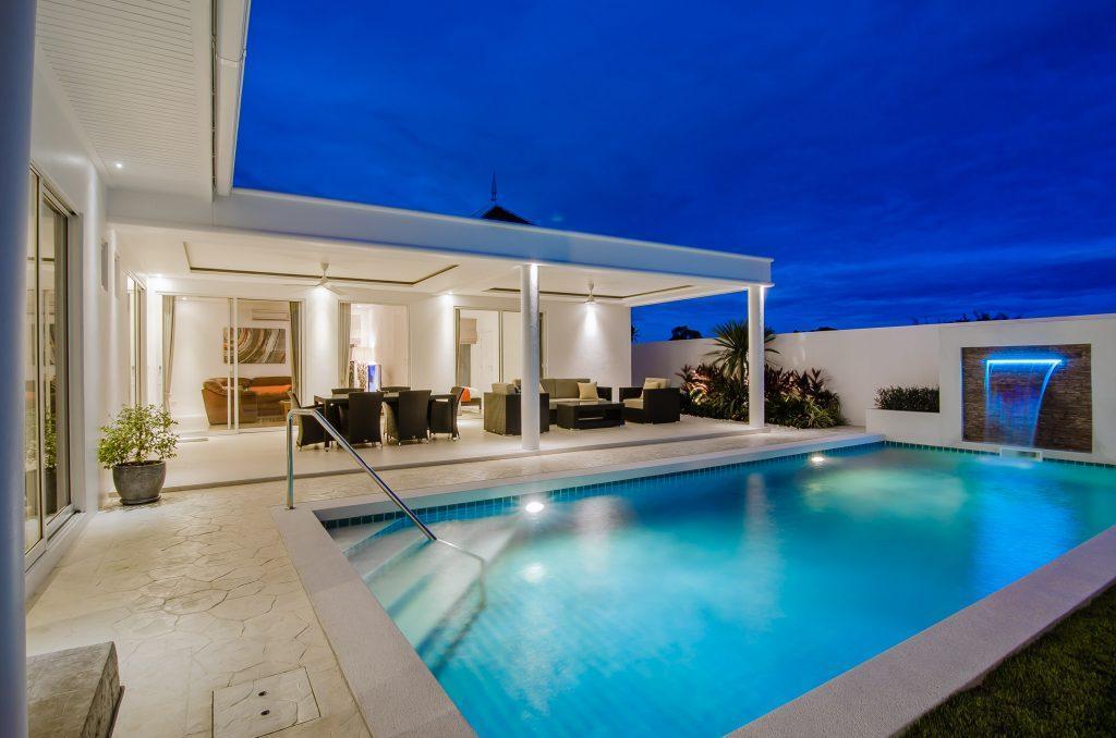09 Villa LD Swimmingpool