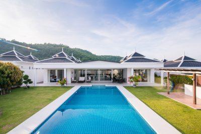 2. H villa