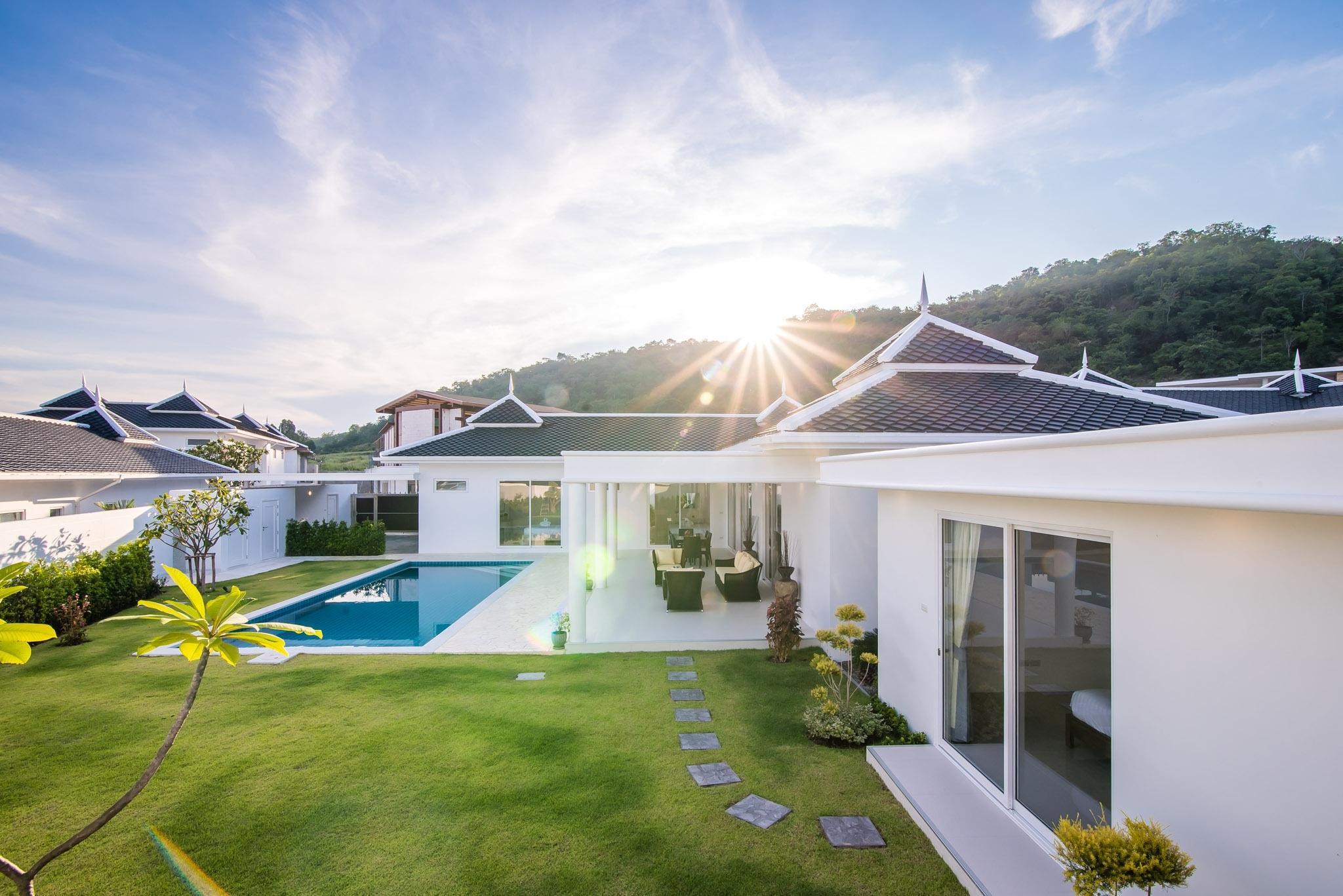 1. LC villa