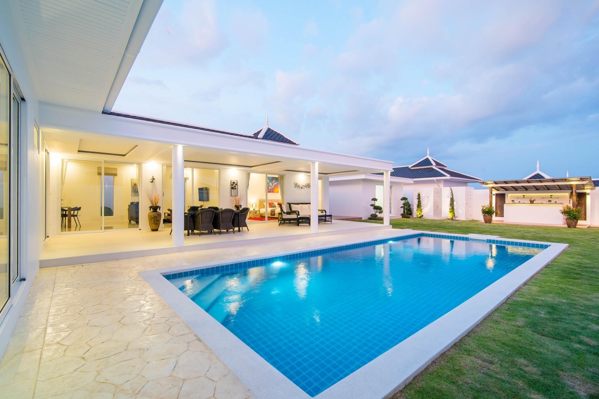 6. LC villa