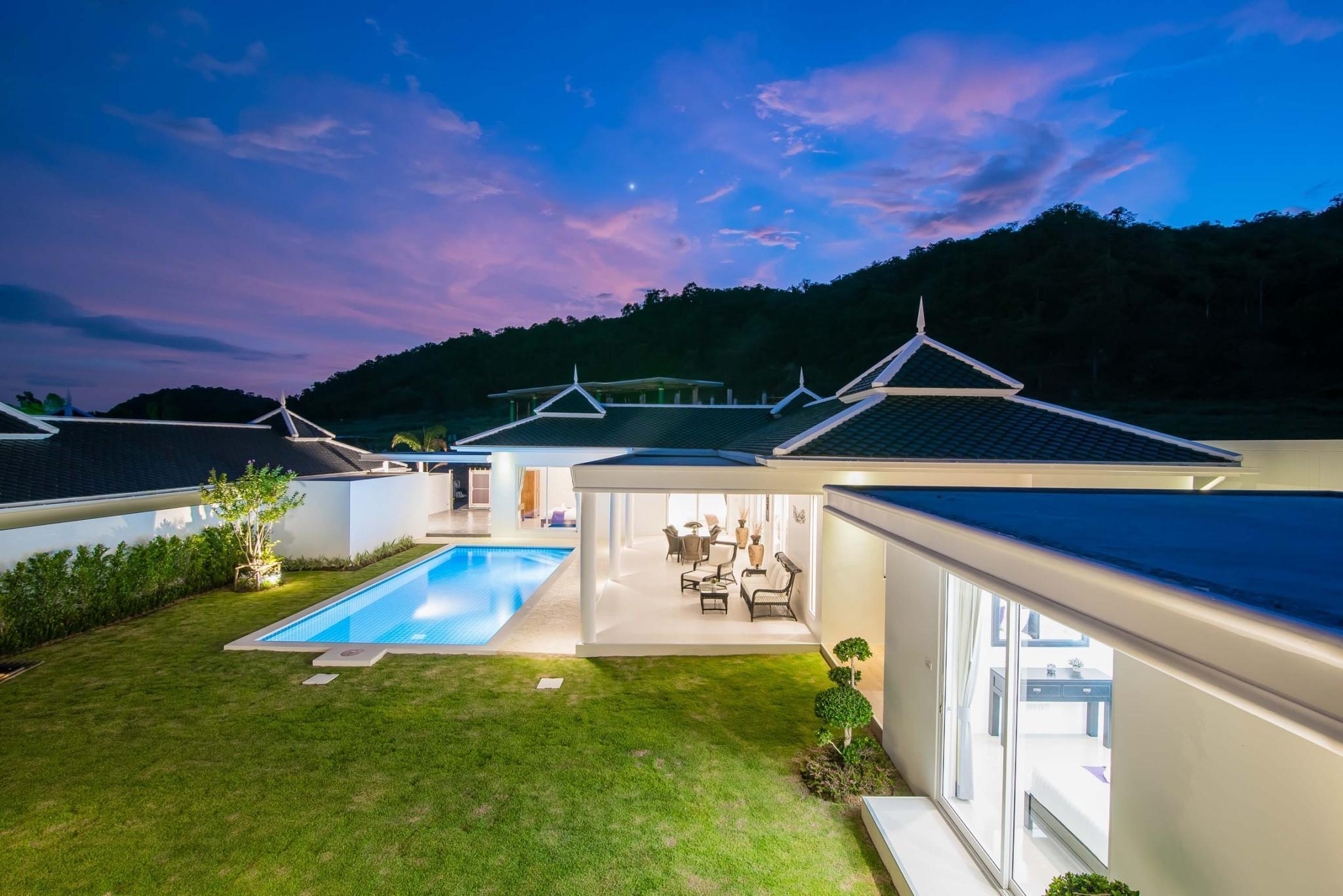 9. LC villa