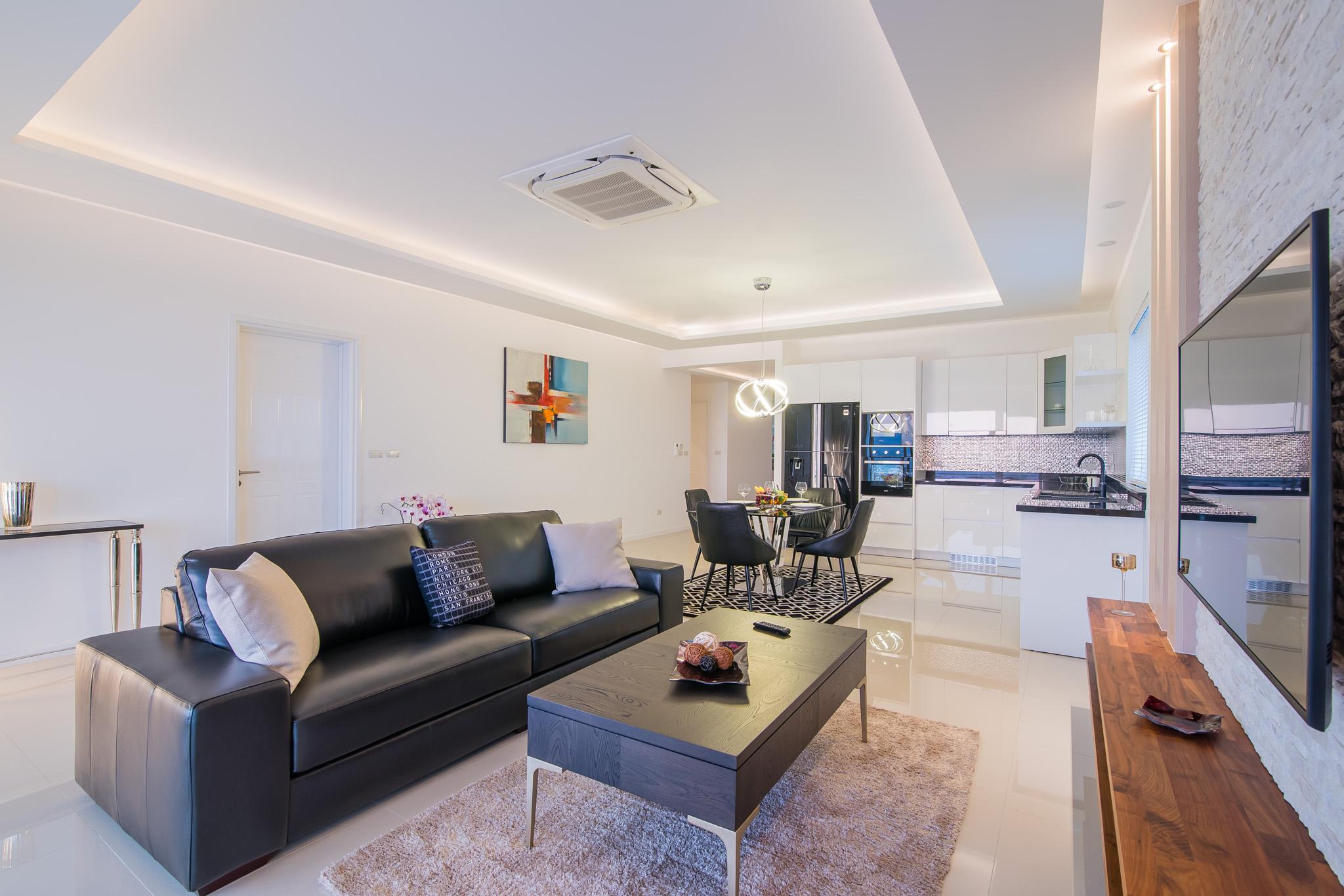 FHT Living room1