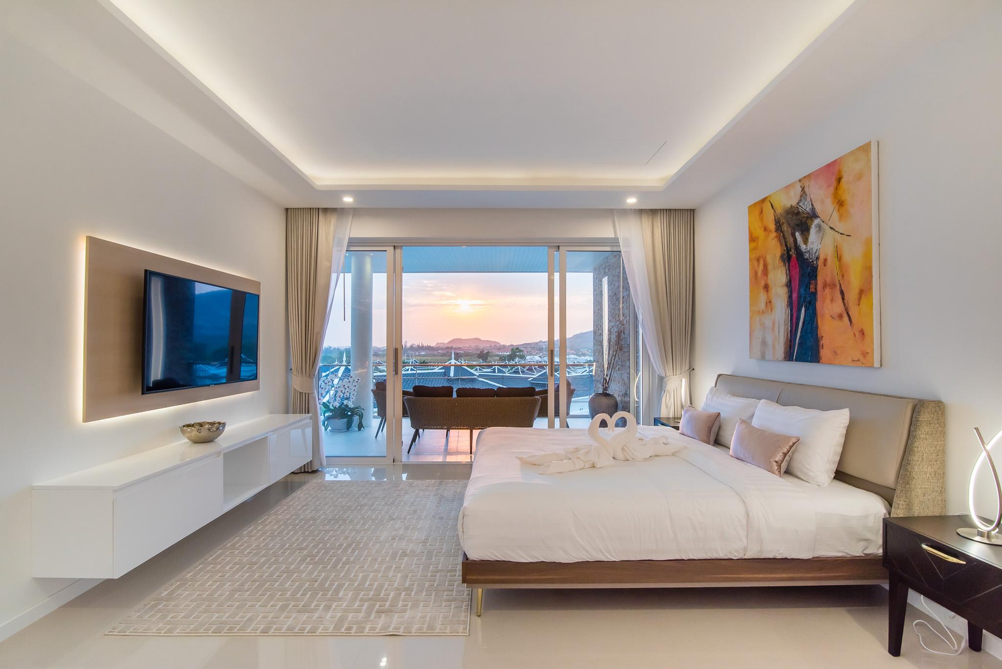 FHT Upper Master bedroom